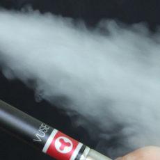 La cigarette électronique pour arrêter de fumer, la bonne idée ?